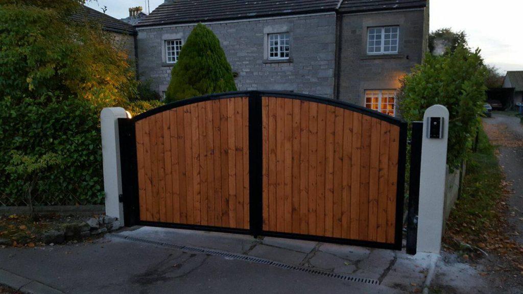 Wood Infill Steel Gates Steelcraft Gates Ltd