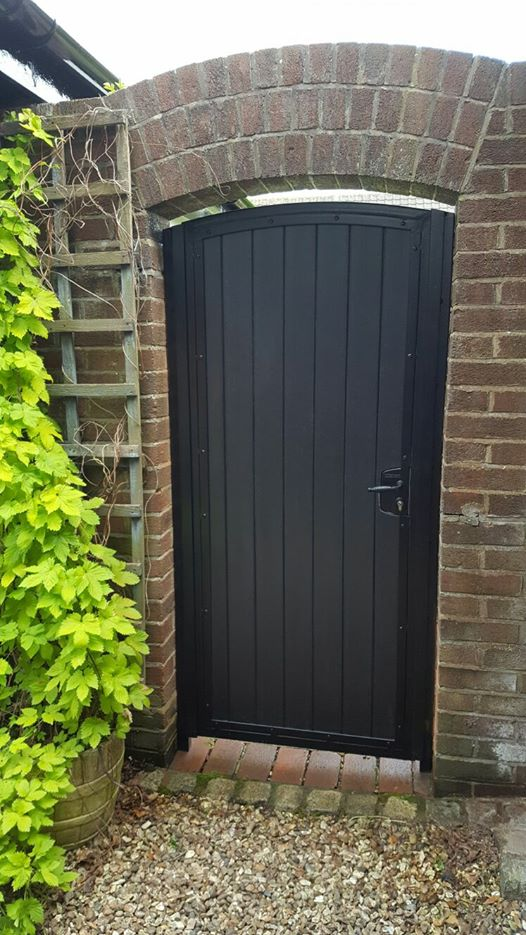 Single Black Composite Steelcraft Gates Ltd
